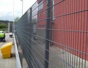 grey-pallas-welded-mesh-system-at-pollock-shopping-centre-glasgow